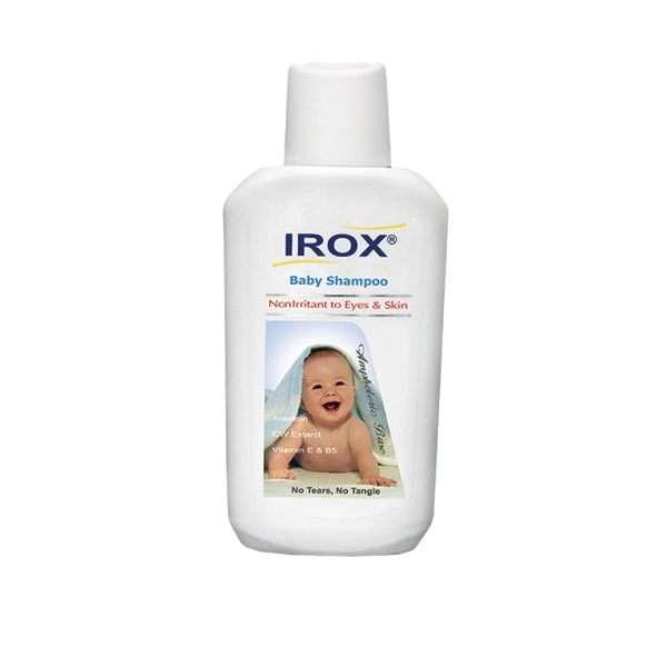 با روش صحیح حمام کردن نوزاد آشنا شوید