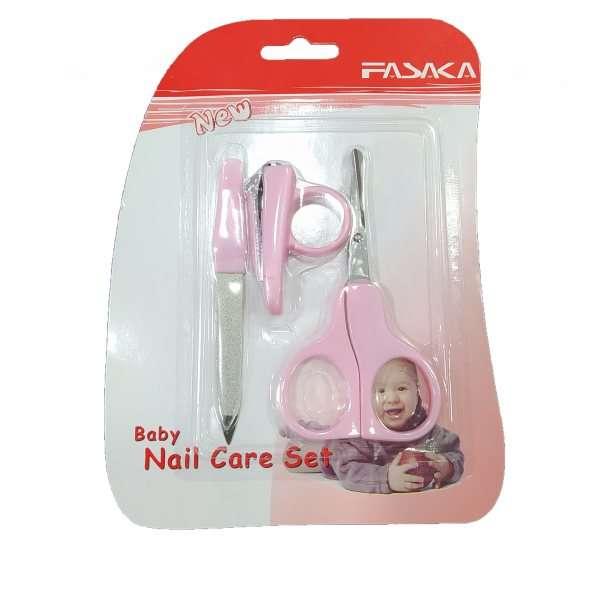 چگونه ناخن کودک تان را کوتاه کنید؟