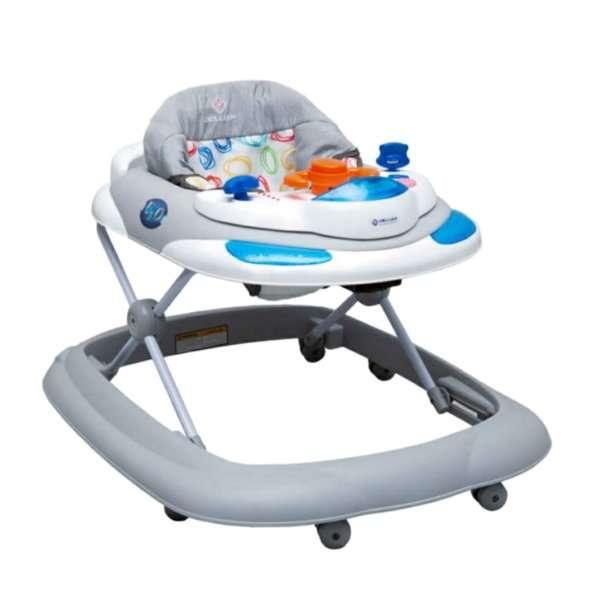 نوزادان چه موقع می نشینند؟