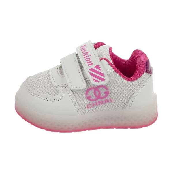 کفش نوزاد باید چگونه باشد؟